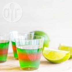 Shooters de Jell-O® Margarita @ qc.allrecipes.ca