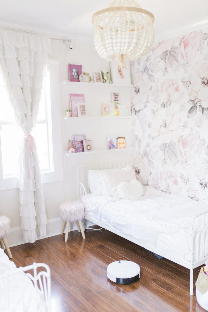 Girls Bedroom Floral Wallpaper Decor Inspiration Feminine Sophisticated Nurser Shabby Chic Decor Bedroom Girls Bedroom Wallpaper Shabby Chic Bedrooms