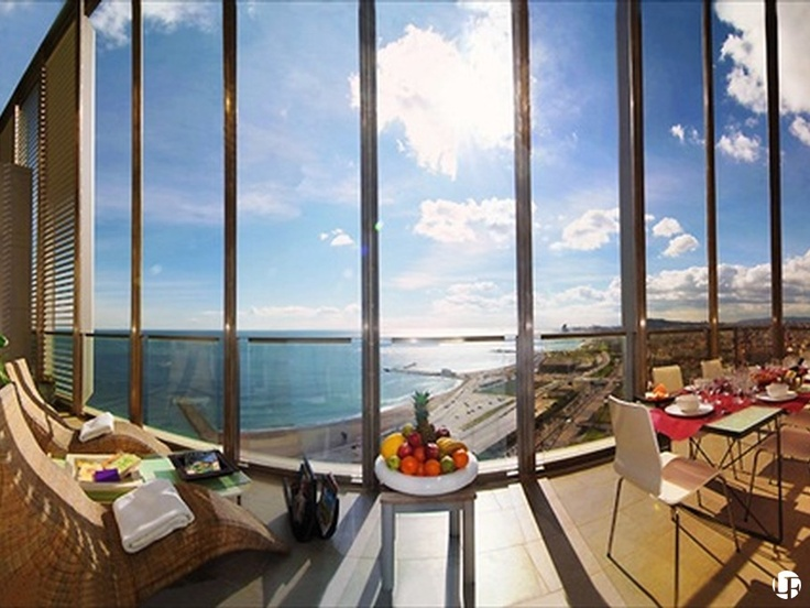 Appartement avec terrasse à louer à Diagonal Mar à Barcelone.