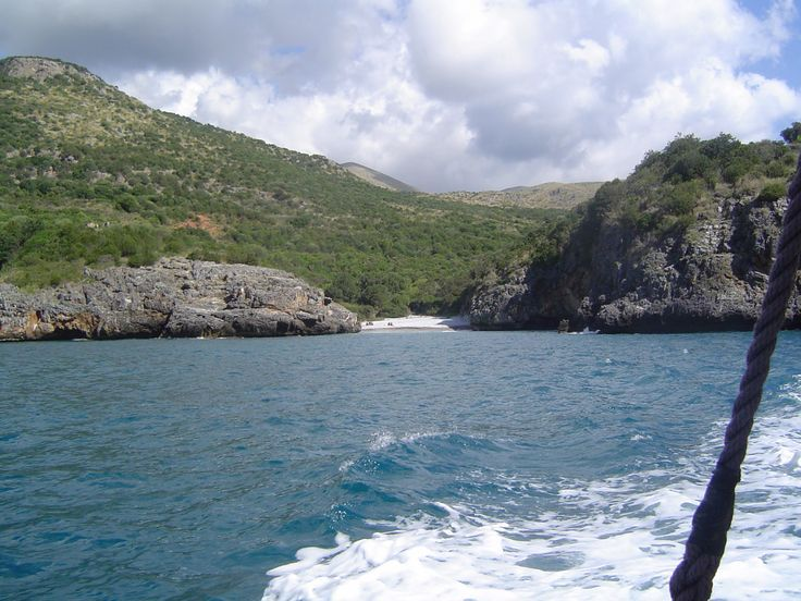 #CalaBianca vista in lontananza dalla barca a vela