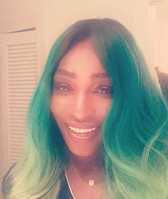 Pin for Later: Quand les Stars Nous Montrent Leurs Changements Capillaires Sur Instagram Serena Williams