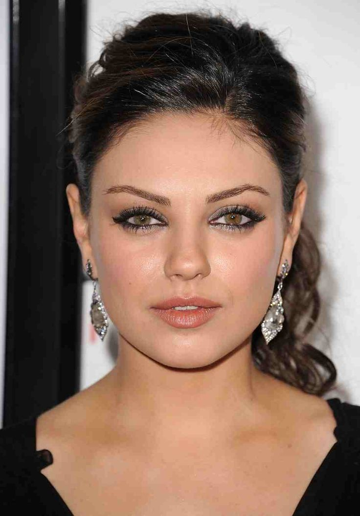 mila+kunis | Mila Kunis Bio, Height, Weight, Body Statistics