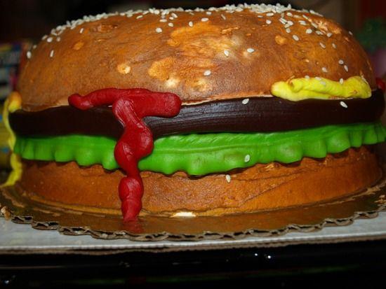 Hamburger Cake 9