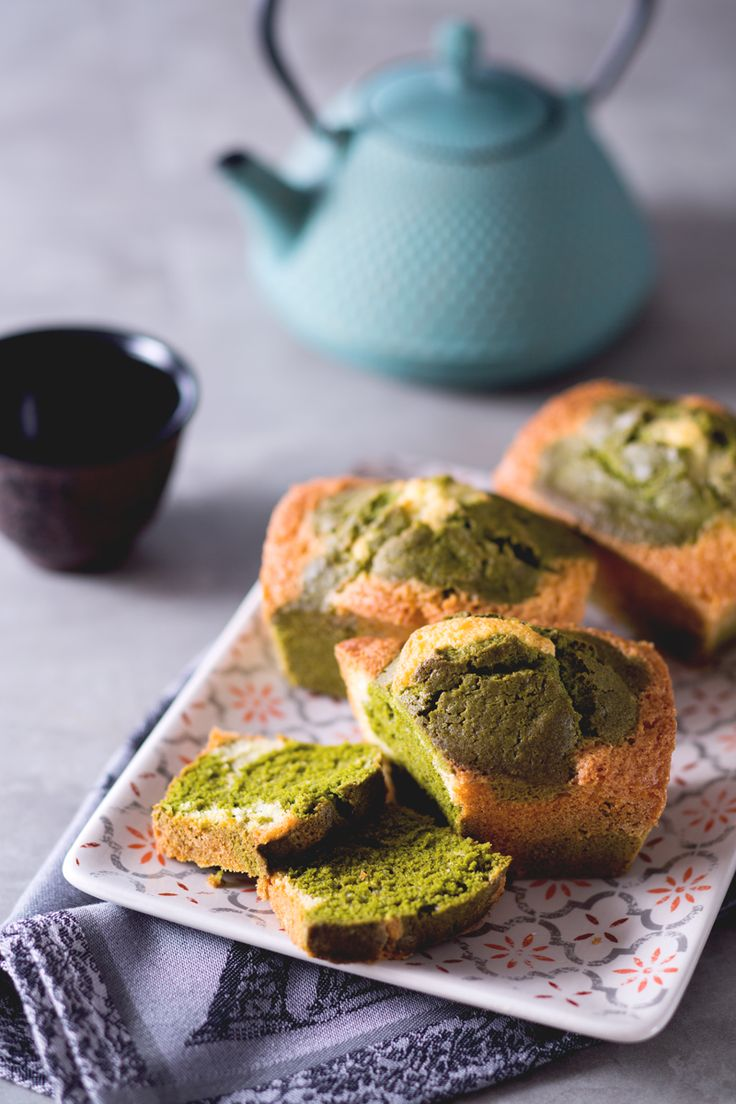 Il #tè #verde #matcha è ricco di antiossidanti e vitamine.. scoprite anche quanto è versatile in cucina preparando questi deliziosi #plumcake dalle tinte brillanti! ( #the matcha plumcake) #Giallozafferano #recipe #ricetta #cake #baking #green