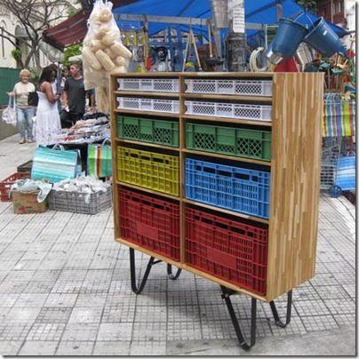 """línea """"José"""" de muebles sustentables de Mauricio Arruda -esto me gustó! es reciclaje pero no se ve tan obviamente la procedencia. hay transformacion."""