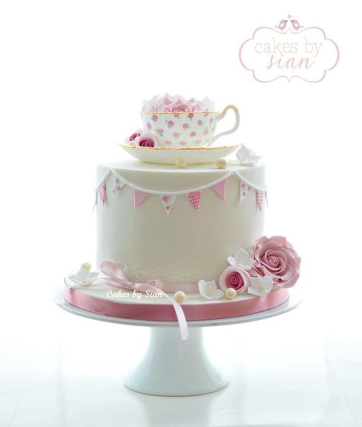 Teacup Cake  by Cakes by Sian