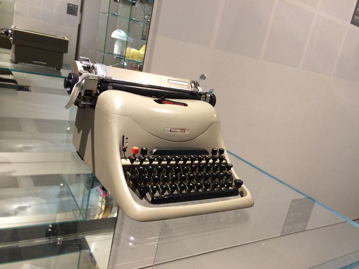 The Olivetti's typing machine
