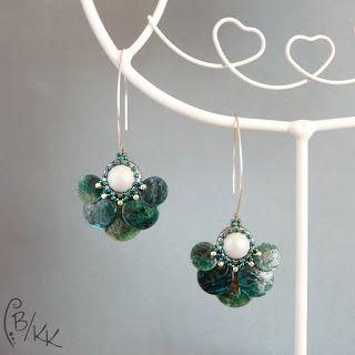 Kororowe Koraliki : Perłowe