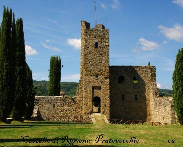 Castello di Romena,PratovecchioApertura al Pubblico: si con barriere architettoniche  presenti  Open- no handicap accessible  Da visitare: Pieve di Romena, Parco Nazle Foreste Casentinesi.