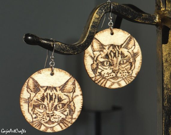 Dangling wooden cat portrait boho-style earrings by GajaArtCrafts