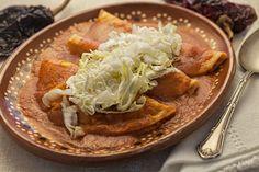 Las Enchiladas Rojas de Pollo.
