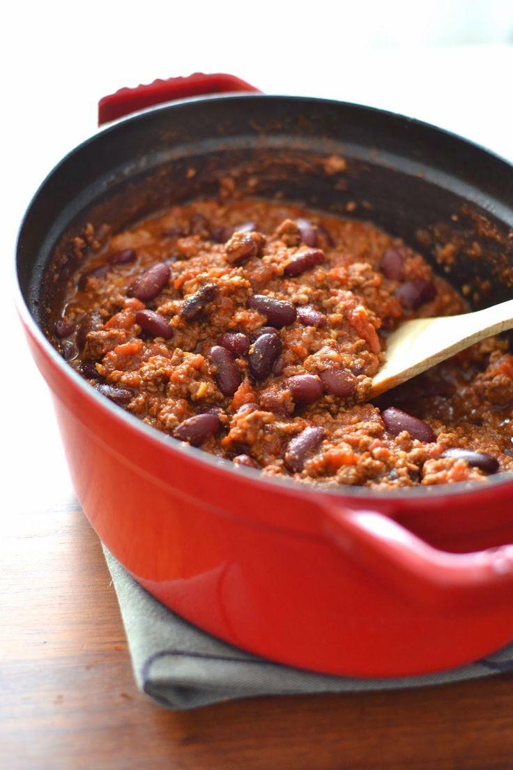 Ce matin, je ne sais pas pourquoi, je me suis réveillée avec une envie folle de chili con carne. Chacun possède sa recette, un peu co...
