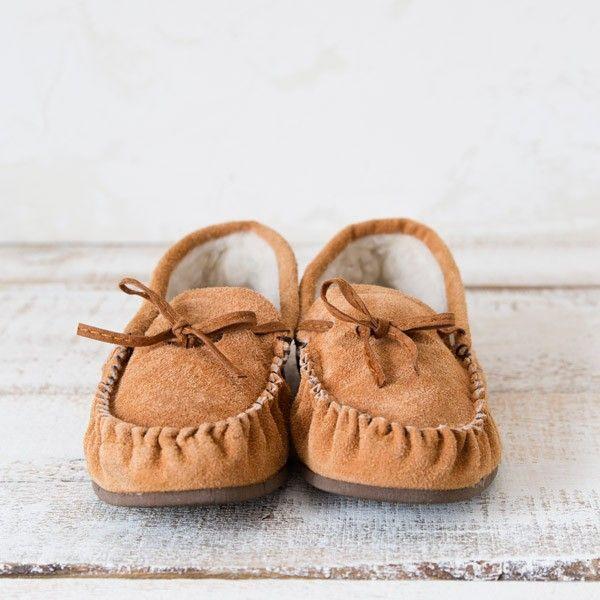 babuchas mallorquinas, babutxes mallorquinas, zapatos de andar por casa mallorquinas, zapatos de piel de vacuno, zapatillas borreguito, babuchas borreguillo