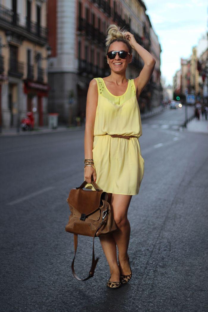 1+My+Showroom,+Street+Style,+Yellow.jpg (700×1050)