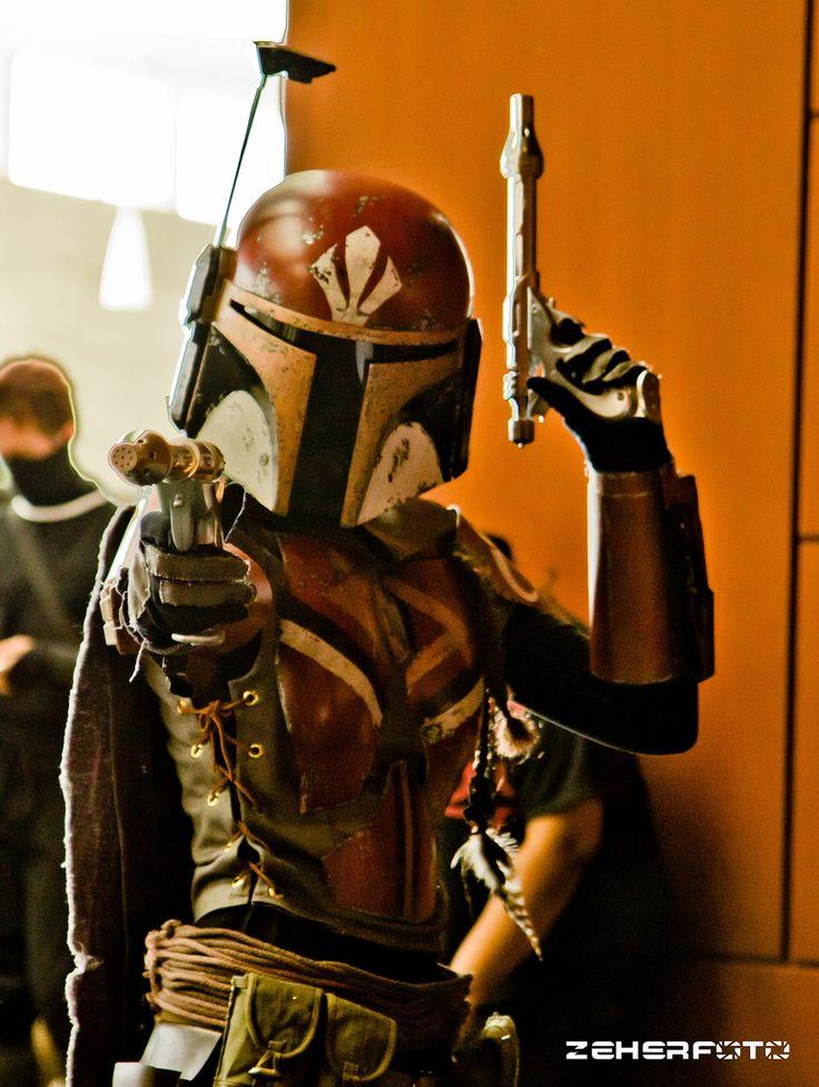 https://i.pinimg.com/736x/48/4b/52/484b527e0db2a80385418e4de543911b--female-mandalorian-clone-trooper.jpg
