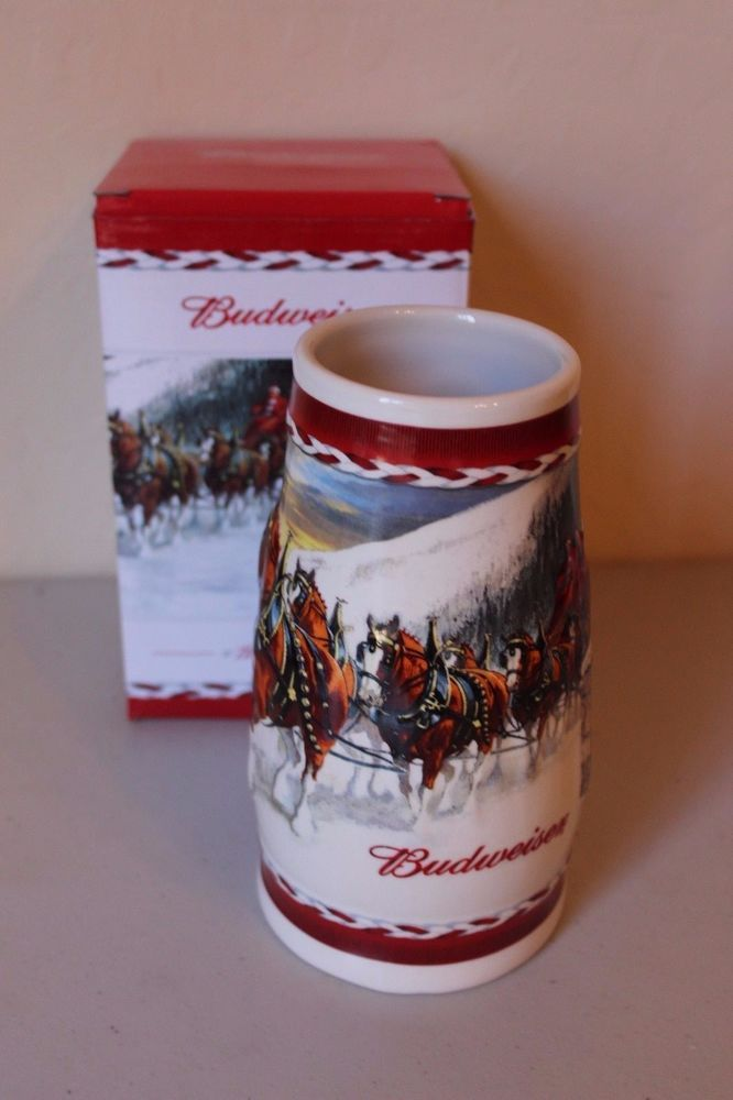 Budweiser Stein 2010 Holiday Dashing Through the Snow Clydesdales Annual