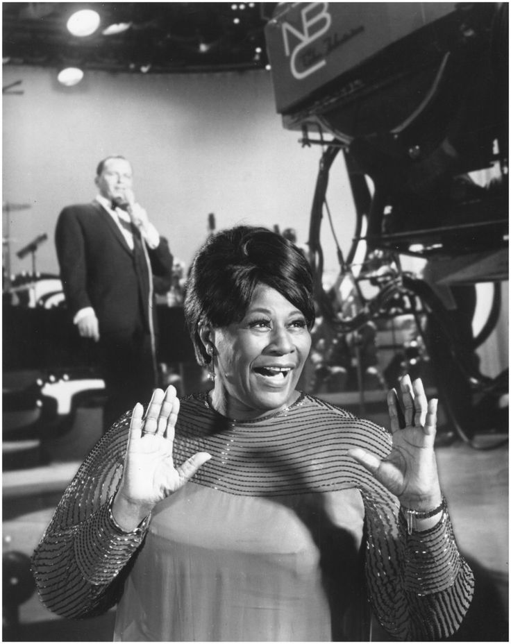 Photo of Ella Fitzgerald Photo by Michael Ochs Archives:Getty Images Frank Sinatra Back