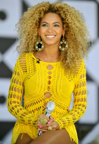 Could you ever do blond hair? And which celeb rocks the color best? Let a sista know...
