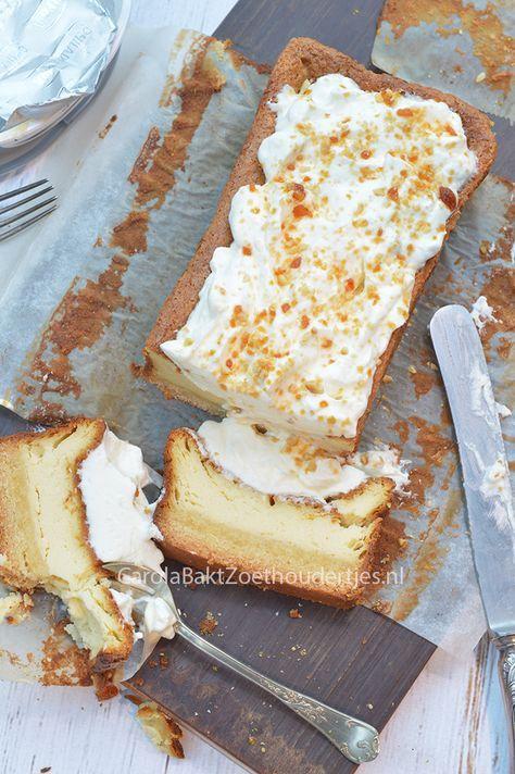 Cheesecake uit cakevorm met boterkoekbodem, guilty pleasure in een kleiner formaat The perfect cheescake in a poundcake bakingtin.