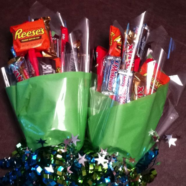 Candy bouquet dance recital gifts.  Super easy to make during naptime!