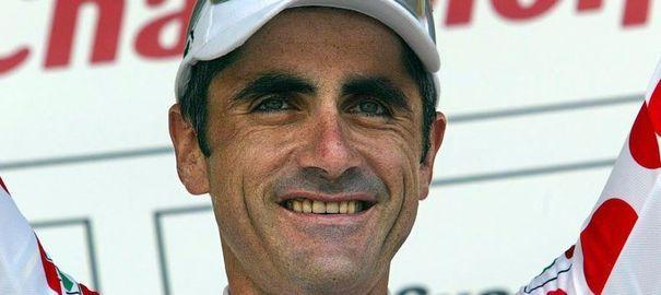 Dopage: Laurent Jalabert assume sans admettre. Au lendemain de la divulgation de la liste des positifs à l'EPO sur le Tour de France 1998, Laurent Jalabert reste sur sa ligne d'un simple suivi des prescriptions médicales de son équipe.