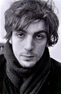 Syd Barrett. Legend. One of my biggest idols.  I can't say how much i admire him. And how much he influenced me.