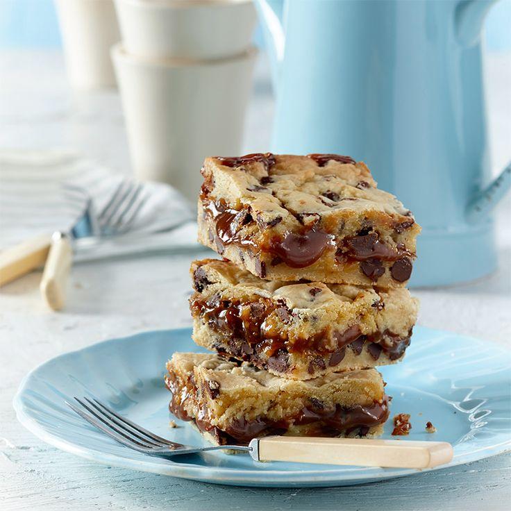 Carrés de biscuits aux brisures de chocolat et au dulce de leche