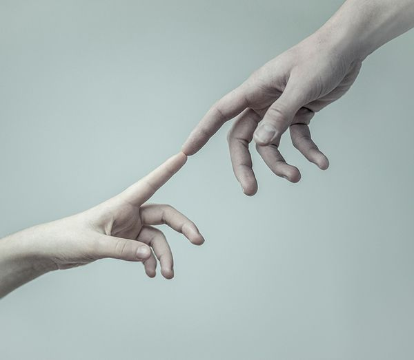 #close #evelynbencicova #creationofadam #connection #hands #fingers #touching #connecting #photography
