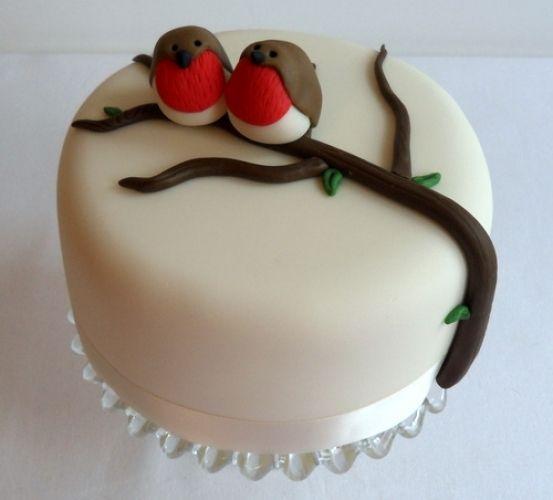 Robin Cake - so adorable!!! A nice concept for Christmas cake