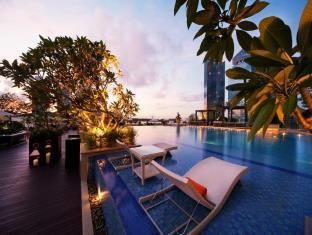 The Fullerton Bay Hotel | http://bu.lk/4LZ_6 #pin #singaporehotels #singapore #sg #hotels #hotel #worldhotels #hotelroom #hotelstay #hotelsuite #hotelsandresorts #travel #traveling #resorts #vacation #visiting #trip #holiday #fun #tourism #The Fullerton Bay Hotel
