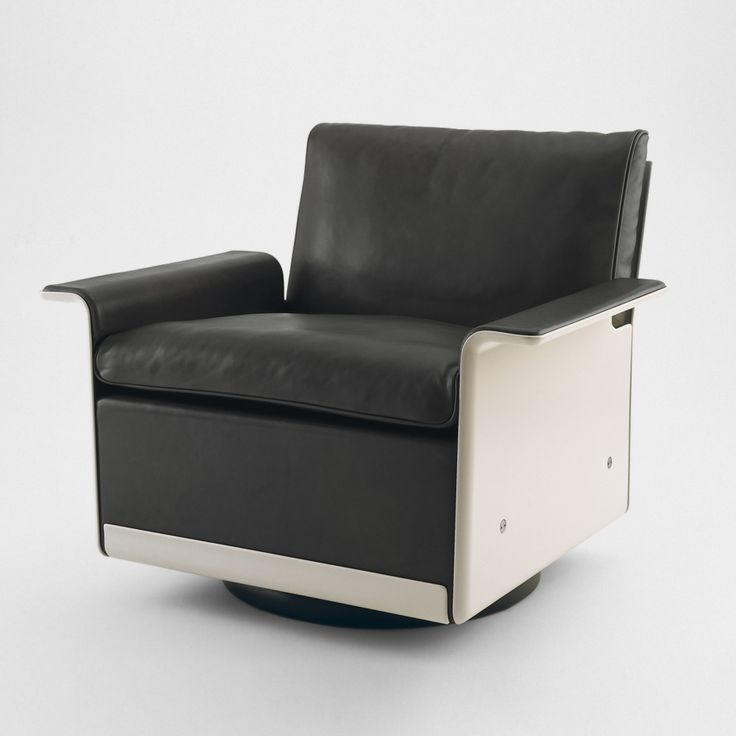 620-Chair-Programme-by-VITSOE-by-Dieter-Rams-image-1.jpg (900×900)