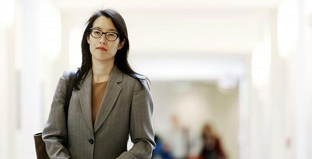 """Ellen Pao, the interim CEO of Reddit steps down, Steve Huffman, founder and the original Reddit CEO is back in charge now! """"Ellen Pao resigned from Reddit today by mutual agreement. I'm delighted to announce that Steve Huffman, founder and the original Reddit CEO, is returning as CEO,"""" said board member Sam Altman.  #news #reddit #socialmedia"""