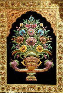 image of beautiful kashmir carpet for sale in dubai united arab emirates i - Wall Carpet Designs