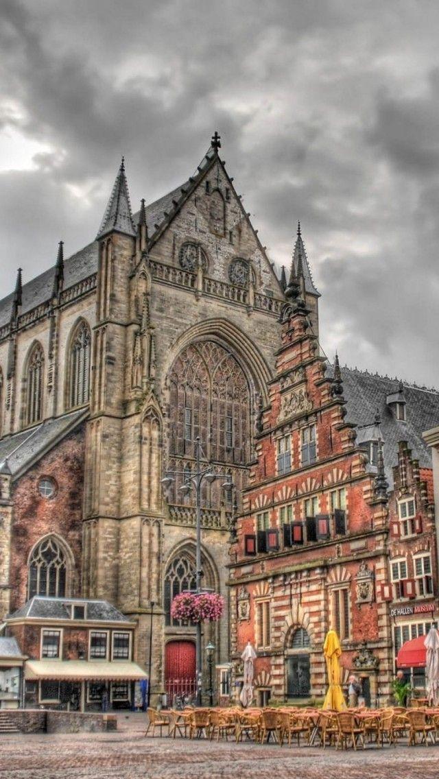 Grote Markt Haarlem Netherlands. Right: De Hallen Haarlem.