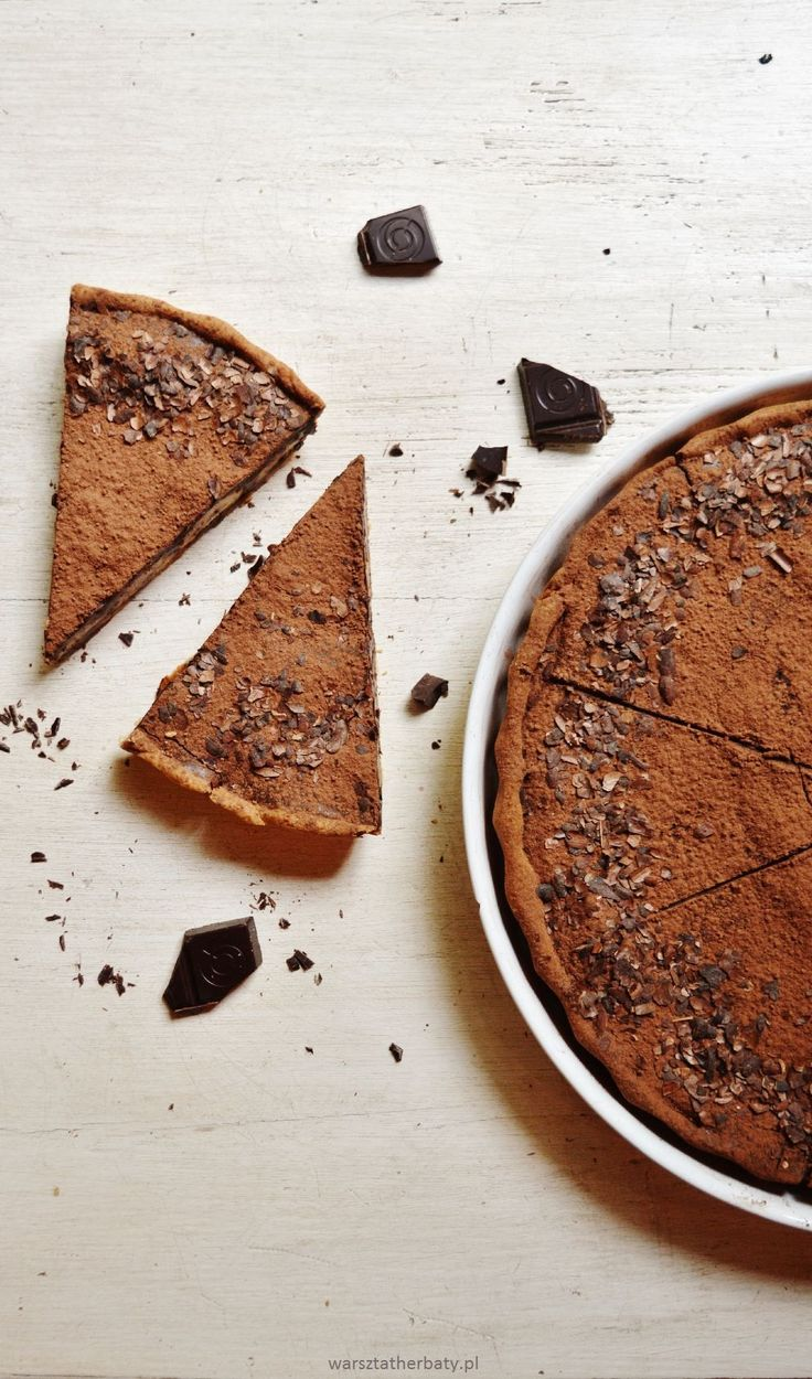 chocolate - banana tart cake. tarta czekoladowa z bananami.