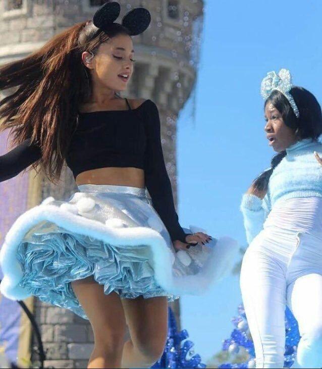 ☁️🌙ℓιℓ' мιѕѕ gɾåиđє 🌙☁️... - Ariana Grande Style