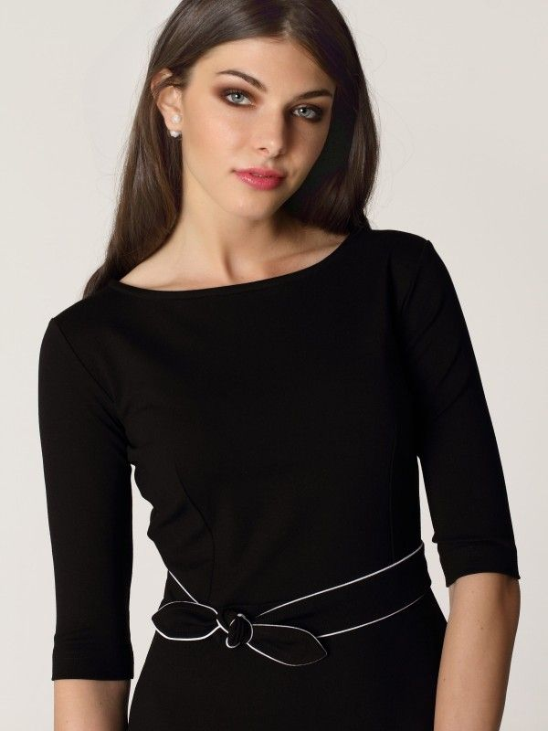 Černé šaty s mašlí