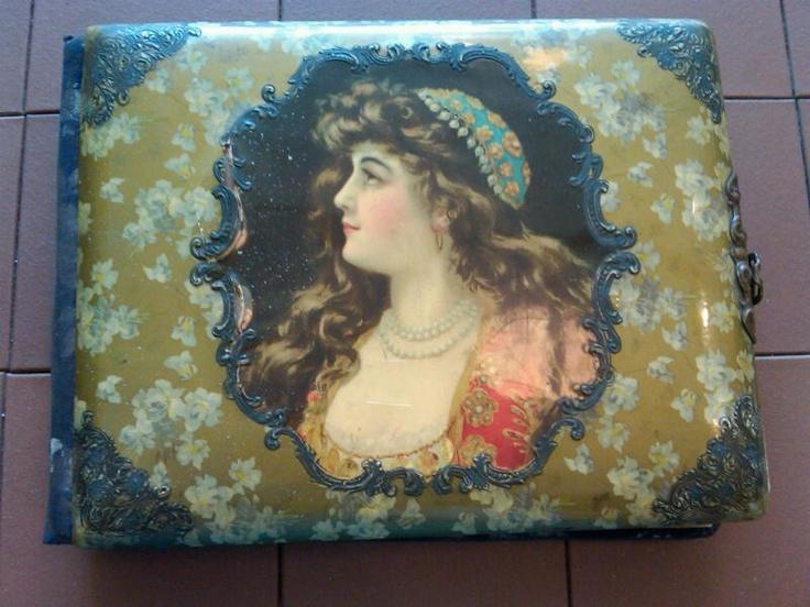 Antique Victorian Celluloid and Velvet Photo Album.