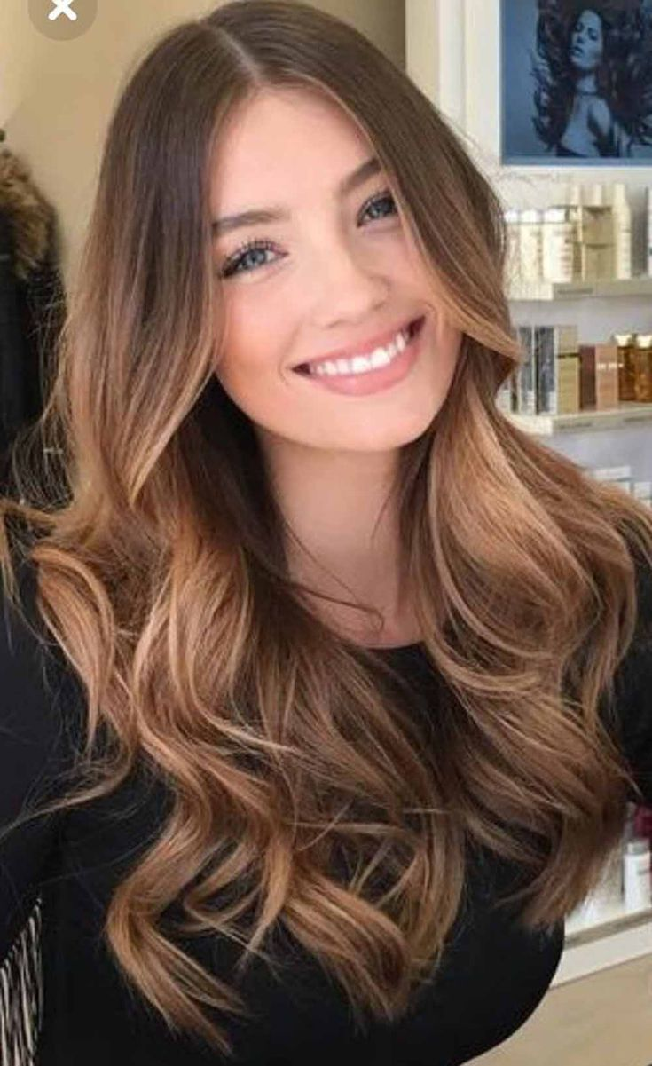 If you want to go bold this spring, see the full gallery of our balayage hair color for brunettes to select the best one. #springhaircolor #springbrunetteshaircolor #springbrunettesbalayage