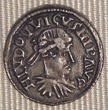 Louis the Pious on the denarius from Sens 818-823.- LOUIS 1°. remarried 819 divorced 829. Bernard de Septimainie is accused of monopolizing all the power in Aix, to the detriment of an emperor deceived and bewitched.