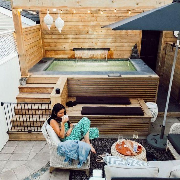 Idéias de design de pátio de banheira de hidromassagem bonitas fazem você se sentir relaxado   – Outdoor and Garden