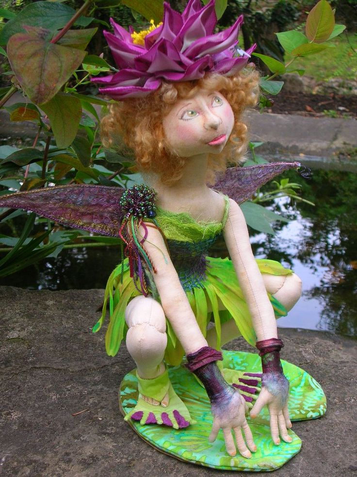 Water Lily - Doll Street Dreamers -online doll classes, e-patterns, mixed media art classes, free doll patterns and more