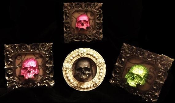 Halloween skull miniature frame Memento Mori by Urbanhardwear, $15.00: Haunted Dollhouse, Halloween Skull, Skull Miniature, Frame Memento, Fairy Houses, Dolls House