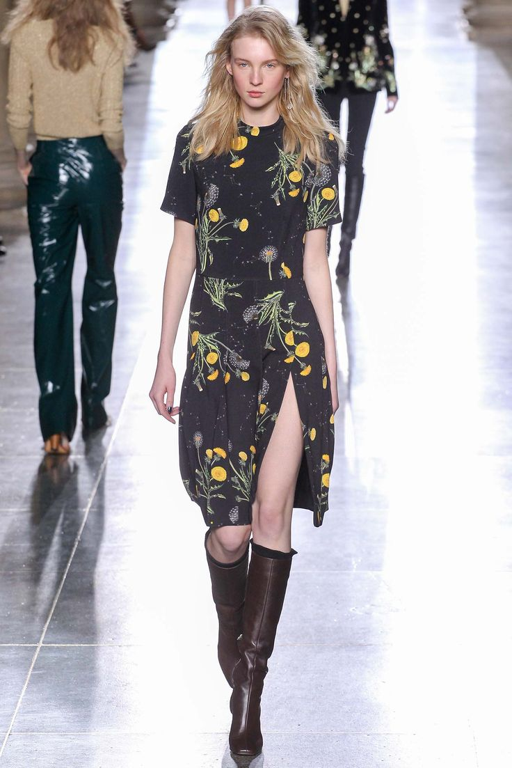 Topshop Unique - Fall 2015 Ready-to-Wear - Look 24 of 41 // printed dress and knee high boots