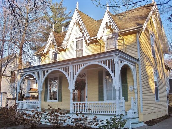 17 best images about make mine victorian on pinterest for Cottage builders in michigan