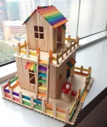 Dans cet article, des modèles de maisons de poupée homemade, fabriquées à partir d'un meuble, de carton de récup ou de bâtonnets en bois. Pour le bonheur des enfants et des parents.