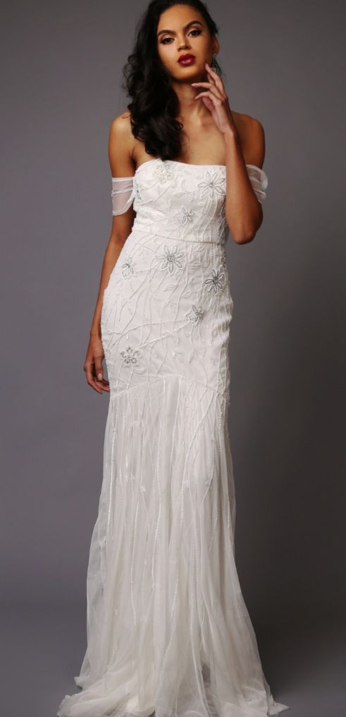 Featured Wedding Dress: Virgos Lounge