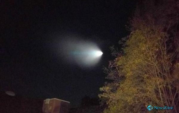 Военные объяснили появление НЛО над Лос-Анджелесом http://apral.ru/2017/04/27/voennye-obyasnili-poyavlenie-nlo-nad-los-andzhelesom/  Фото: соцсети НЛО в Лос-Анджелесе Запуск баллистической ракеты Trident напугало горожан и вызвало активное обсуждение в соцсетях. Минобороны США объяснило [...]