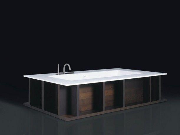 SWIM C bathtub in Cristalplant designed by Piero Lissoni for BOFFI.    http://santiccioli.com/en/collections/?filter=product&name=swim-c