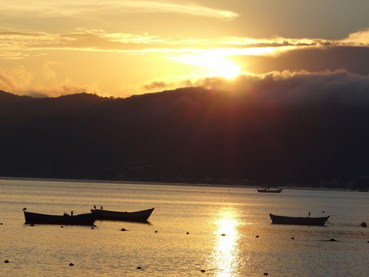 Pôr do Sol na Praia de Canto Grande - Bombinhas - SC